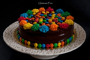 mnm cake
